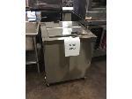 Lot: 6098 - Master Bilt Freezer