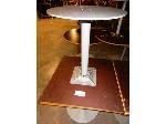 Lot: 02-21686 - (2) Square Tables