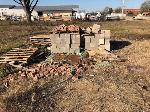 Lot: 166.BRYAN - (4 PALLETS) OF BRICKS