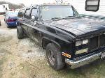 Lot: 104 - 1988 CHEVROLET SUBURBAN SUV