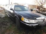 Lot: 18-649790C - 1999 LINCOLN TOWN CAR