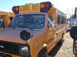 Lot: 03 - 1986 Ford Mini-Bus w/ Lift - Runs & Drives