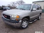 Lot: 3 - 2003 GMC Yukon SUV - Key / Runs & Drives