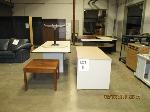 Lot: 05 - (5) Tables