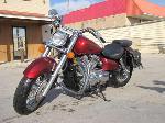 Lot: B810294 - 2005 Honda Shadow Motorcycle - Key / Runs