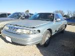 Lot: 9 - 1995 FORD CROWN VICTORIA