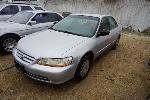 Lot: 08-59537 - 2001 Honda Accord - Key / Starts
