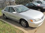 Lot: 18-3323 - 2001 TOYOTA CAMRY