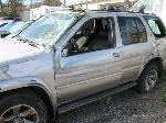 Lot: 13 - 2004 Nissan Pathfinder SUV - Key