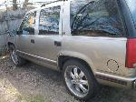 Lot: 29 - 1999 Chevy Tahoe SUV