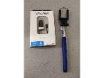 Lot: F715 - CHARGER & SELFIE STICK