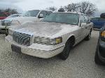 Lot: 0218-20 - 1995 LINCOLN TOWN CAR