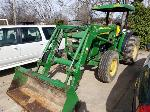 Lot: 19017 - 2010 JOHN DEERE TRACTOR LOADER