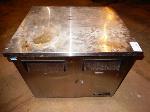 Lot: DH-21880 - True Refrigerator