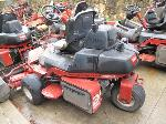 Lot: 107 - EQUIP 307632 - 2002 Toro Greensmaster Riding Mower