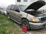 Lot: 333 - 2001 FORD EXPEDITION SUV - KEY / RUNS