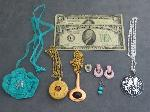 Lot: 6852 - EARRINGS, CHOKER, CURRENCY & STERLING EARRING