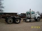 Lot: V-08.P2 - 1998 Mack CH613 Truck