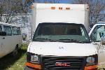 Lot: V-2 - 2003 GMC Box Truck - Key