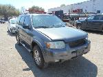 Lot: B31 - 2003 FORD ESCAPE SUV - KEY / STARTED