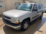 Lot: 14 - 2004 Chevy Suburban SUV - Key / Started & Ran