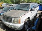 Lot: RL 321 - 2002 CHEVROLET SUBURBAN SUV