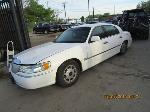 Lot: 28 - 1998 LINCOLN TOWN CAR