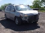 Lot: 2 - 2005 Toyota Sienna Van - Key / Runs & Drives