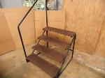 Lot: A7600 - Like New Mobile Home Stairs
