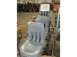 Lot: 922 - (23) PLASTIC STUDENT CHAIRS
