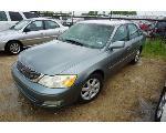 Lot: 18-152730 - 2002 Toyota Avalon