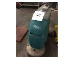 Lot: 6382 - Tennant Cleaning Machine