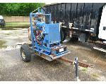 Lot: 58344 - 1996 TRAILER WITH MOUNTED GORMAN PUMP