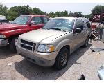 Lot: 1912 - 2001 FORD EXPLORER SUV - KEY