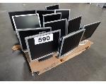 Lot: 590 - (12) Computer Monitors