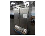 Lot: 625 - True Refrigerator