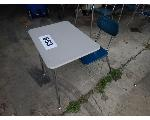 Lot: 653 - (12) School Desks