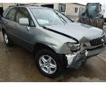 Lot: B9040383 - 2000 LEXUS RX350 SUV - KEY