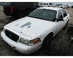Lot: 212 - 2009 FORD CROWN VICTORIA