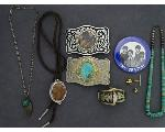 Lot: 290 - NECKLACE, BUCKLES, PIN & 10K TIE TAC
