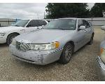 Lot: 0610-22 - 2001 LINCOLN TOWN CAR