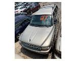 Lot: 27 - 2001 DODGE DURANGO SUV - KEY