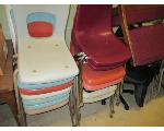 Lot: 31.SP - (32)  CHAIRS & TRASH CAN