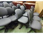 Lot: 80.UV - (18) TABLES, (27) ROLLING CHAIRS, & DESK
