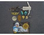Lot: 7285 - SPORTS CARD, PINS, KNIFE, EARRING & 10K RING<BR><span style=color:red>No Credit Cards Accepted! CASH OR WIRE TRANSFER ONLY!</span>