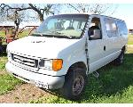 Lot: 13 - 2006 Ford E350 Van