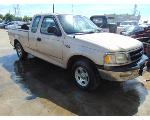 Lot: B9040467 - 1998 FORD F150 LARIAT PICKUP