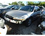 Lot: B9040585 - 1998 HONDA ACCORD EX