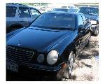 Lot: 20 - 2000 MERCEDES-BENZ E430 - KEY / RUNS & DRIVES
