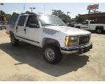Lot: 02 - 1993 GMC Suburban SUV - Key /